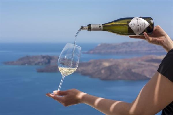 Wine tasting in Santorini