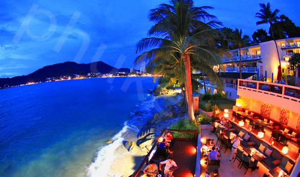Fancy dinner at La Gritta in Patong Beach