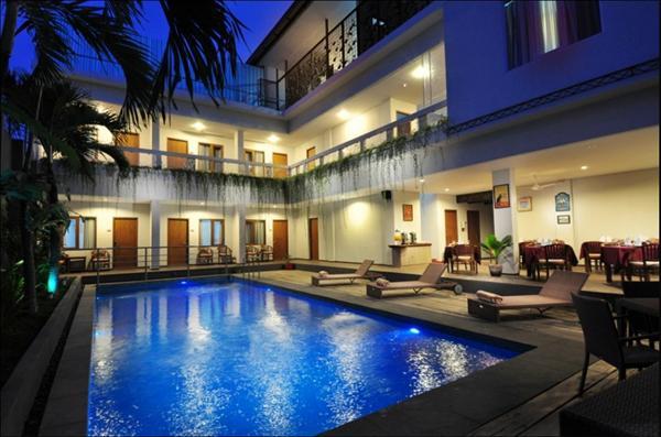 1 nights accommodation in Lima, Peru