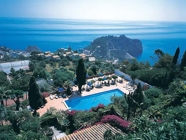 Accommodation at the Grand Hotel Miramare in Taormina