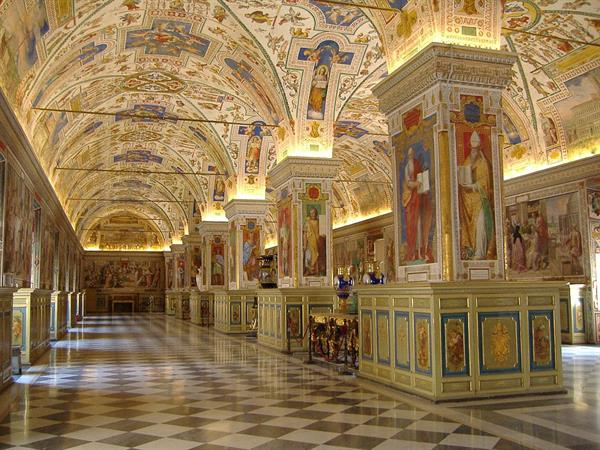 Entry into the Vatican Museums & Sistene Chapel