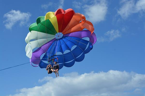 Parasailing above the Villarrica Lake