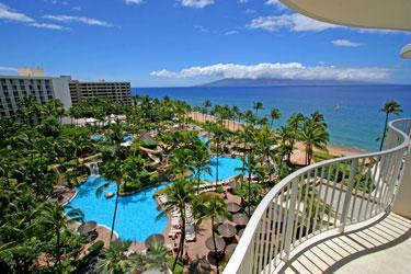Accommodation for 2 at the Outrigger Reef on the Beach