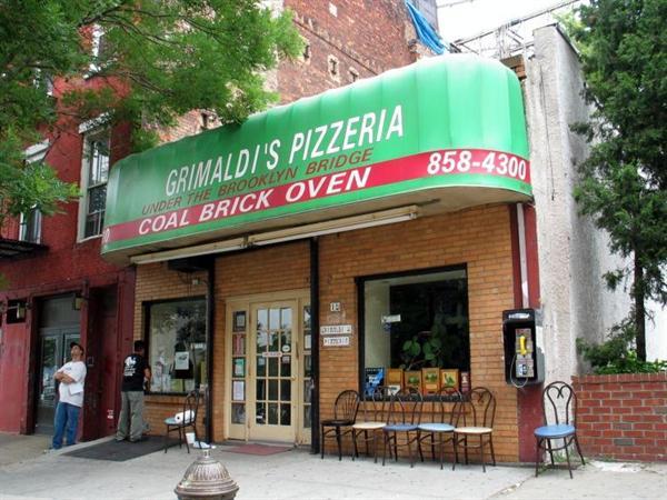 A Slice (of pizza) at Grimaldi's Pizzeria