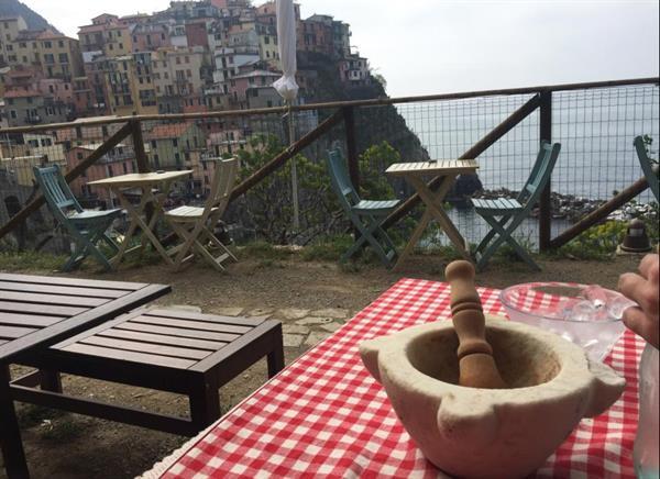 Pesto class at Nessun Dorma Cinque Terre