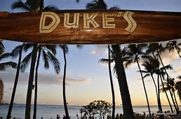 Dinner at Dukes on Waikiki Beach