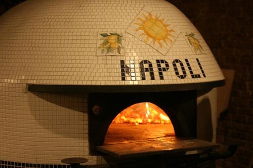 Pizza lunch for two in Naples