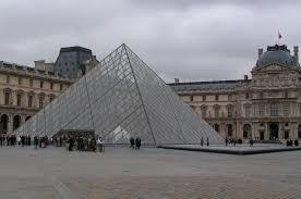Entry and lunch at the Louvre