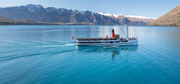 Curise across Lake Wakatipu on TSS Earnslaw Steamship