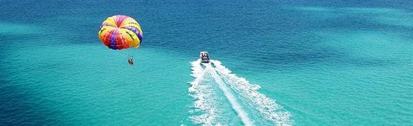 Parasailing at Diamond Head