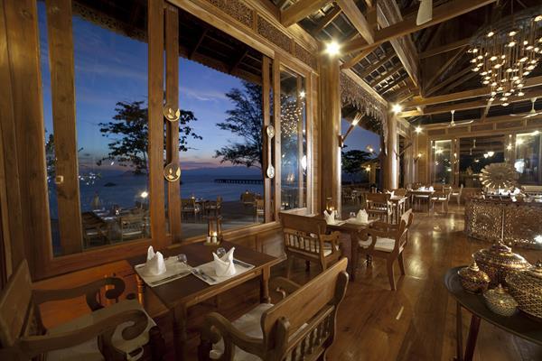 Dinner at Chantara Restaurant