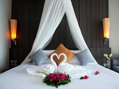 A night in the honeymoon suit in Phuket