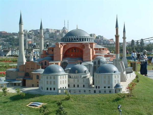 1. Istanbul - Aya Sofya