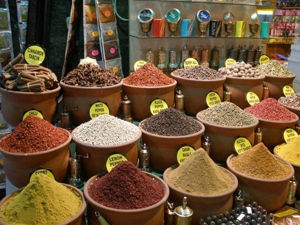 1. Istanbul - Egyptian Spice Bazaar