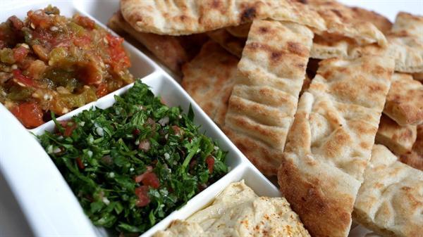 1. Istanbul - Romantic Turkish dinner