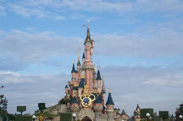 Transfers to Disneyland Paris