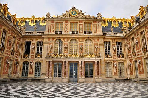 Palace of Versailles Day Tour
