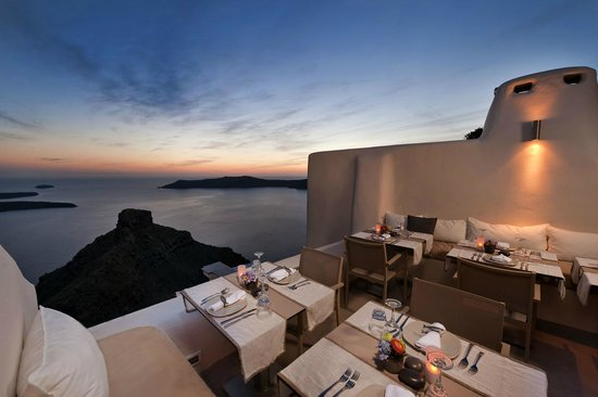 Dinner with local wine in Oia- Santorini