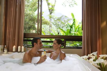 1 nights accommodation in a spa room