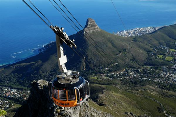 Cable Car ride up Table Mountain