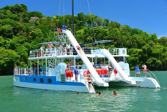 Catamaran Sailing and Snorkeling from Quepos