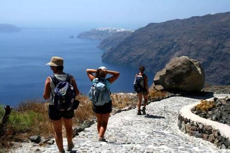 Hiring Trail - Fira to Oia