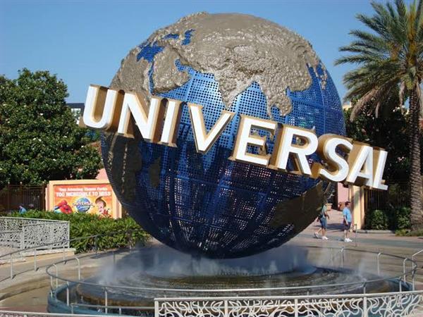 Universal Studios Entry