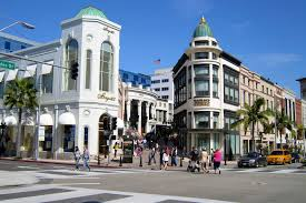 Shopping spree down Rodeo Drive