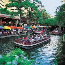 San Antonio River Cruise and Dinner