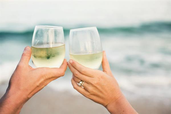 Evening wines on the beach