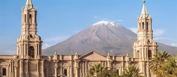 Bus to Bolivia via Arequipa